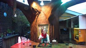 Carey Ellen at the Magic Beer Tree